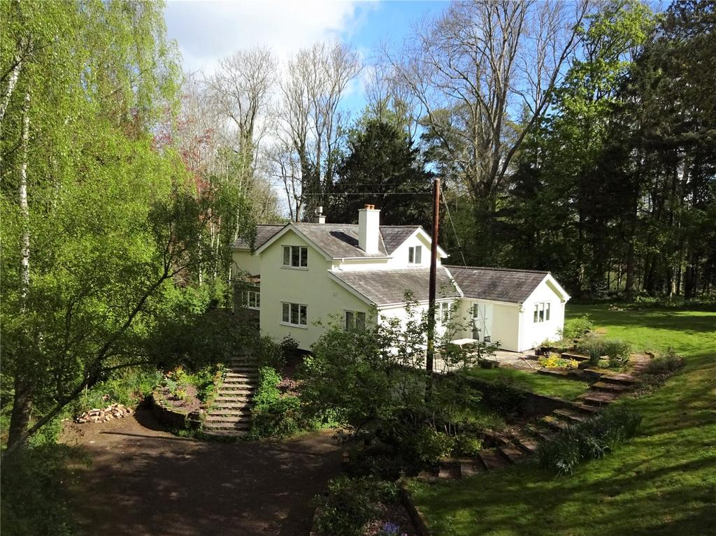 3 Bedrooms Detached House for sale in Forest Road, Hay-On-Wye, Hereford