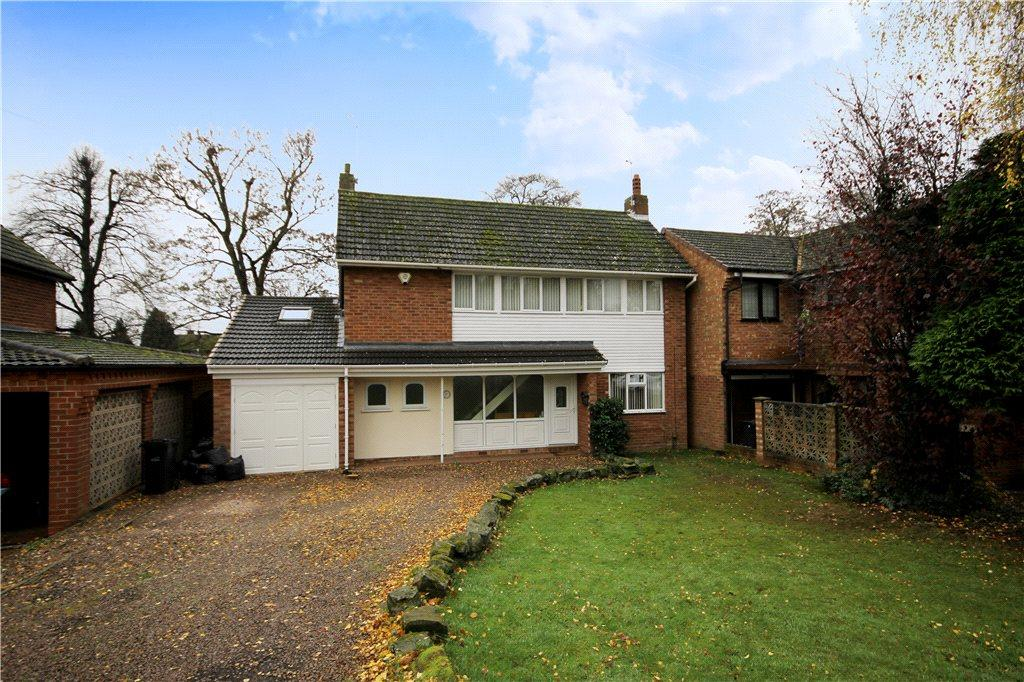 3 Bedrooms Detached House for sale in Berkeley Drive, Kingswinford, West Midlands, DY6