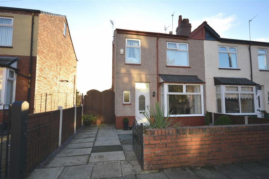 3 Bedrooms Semi Detached House for sale in Bradshaw Street, Whelley, Wigan, WN1