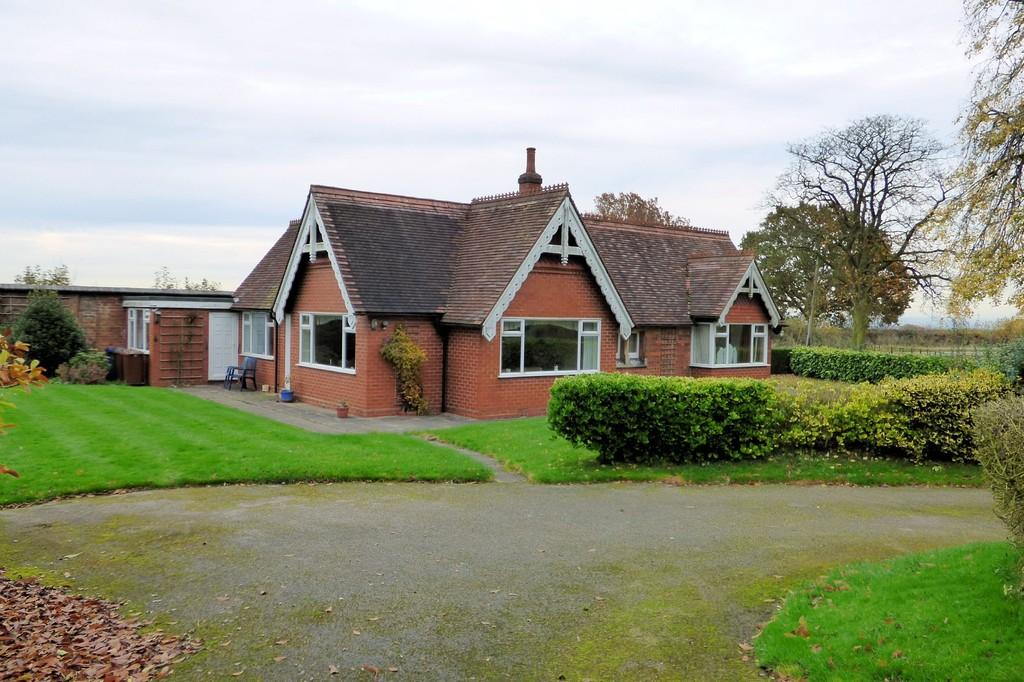 3 Bedrooms House for sale in Tatenhill Common, Rangemore