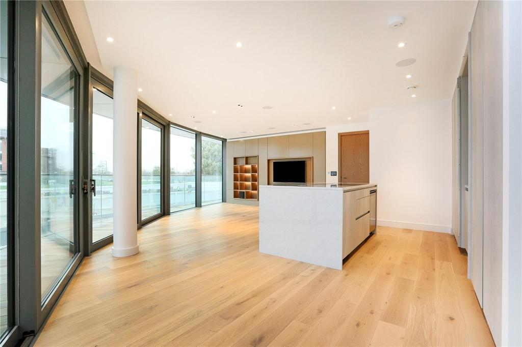 2 Bedrooms Flat for sale in Goldhurst House, Parr's Way, London, W6