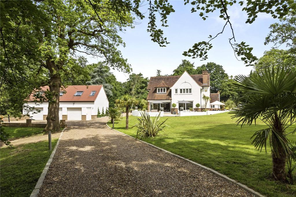 6 Bedrooms Unique Property for sale in Oxshott Road, Leatherhead, Surrey, KT22