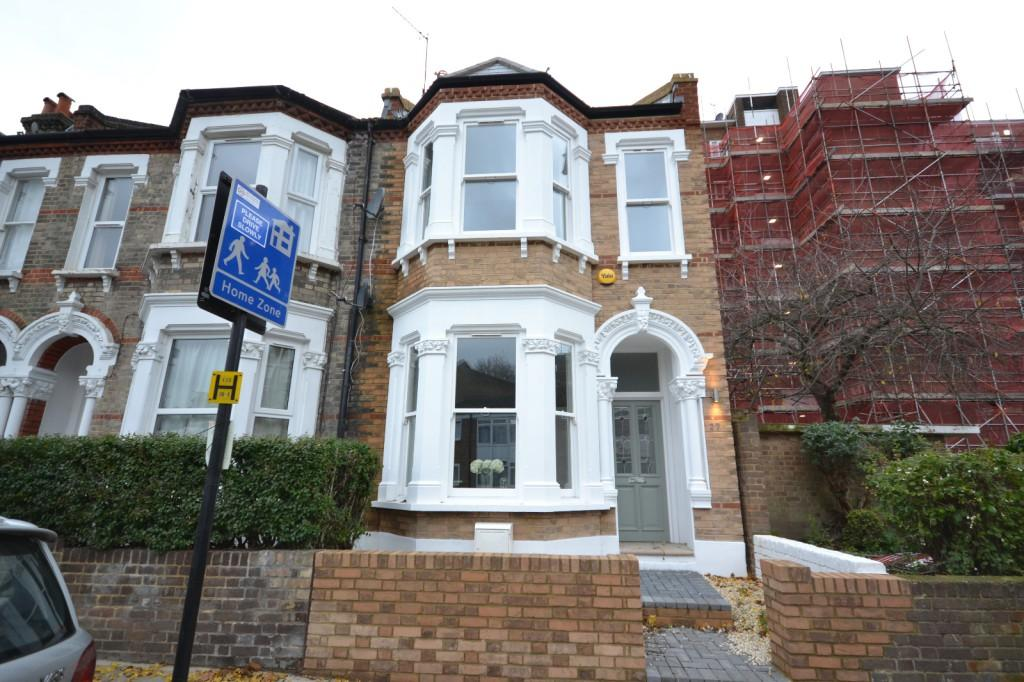 3 Bedrooms End Of Terrace House for sale in Holmewood Gardens, Brixton, London, SW2