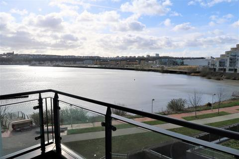 2 bedroom flat to rent - Davaar House, Ferry Court, Cardiff