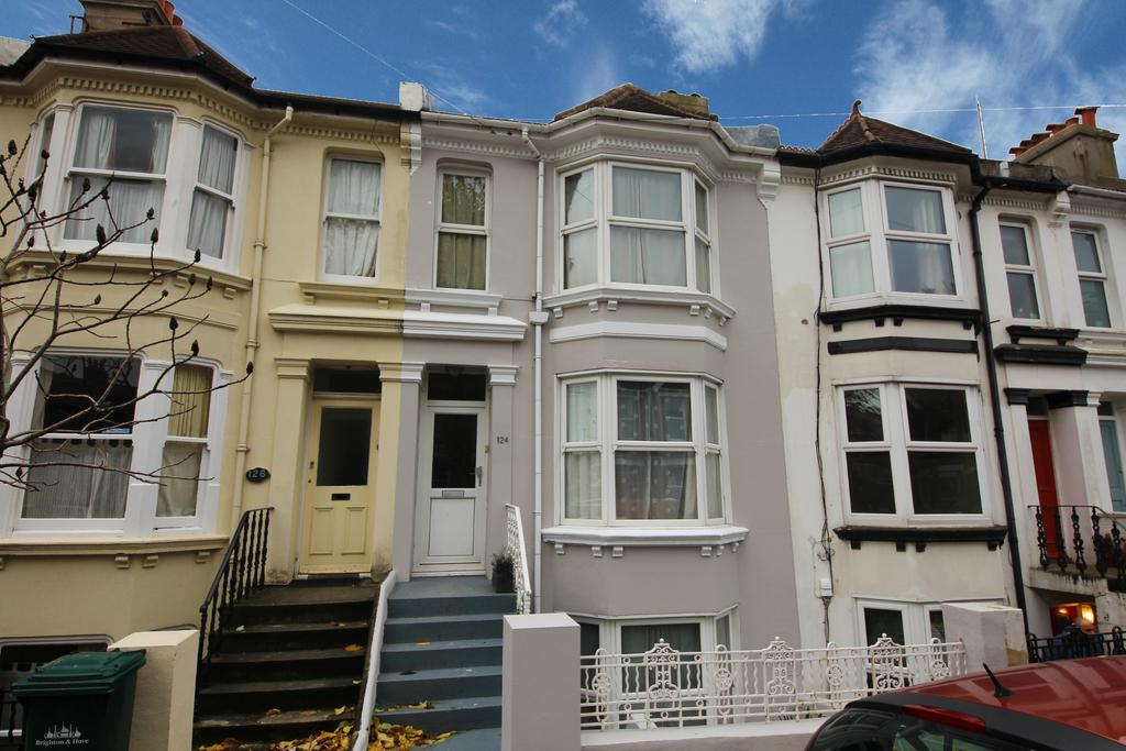 4 Bedrooms Terraced House for sale in Hythe Road, Brighton BN1