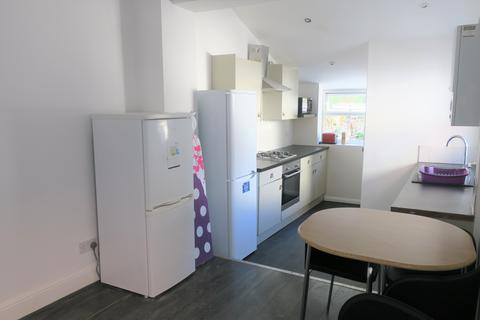 6 bedroom terraced house to rent - SOUTHSEA, PORTSMOUTH PO5