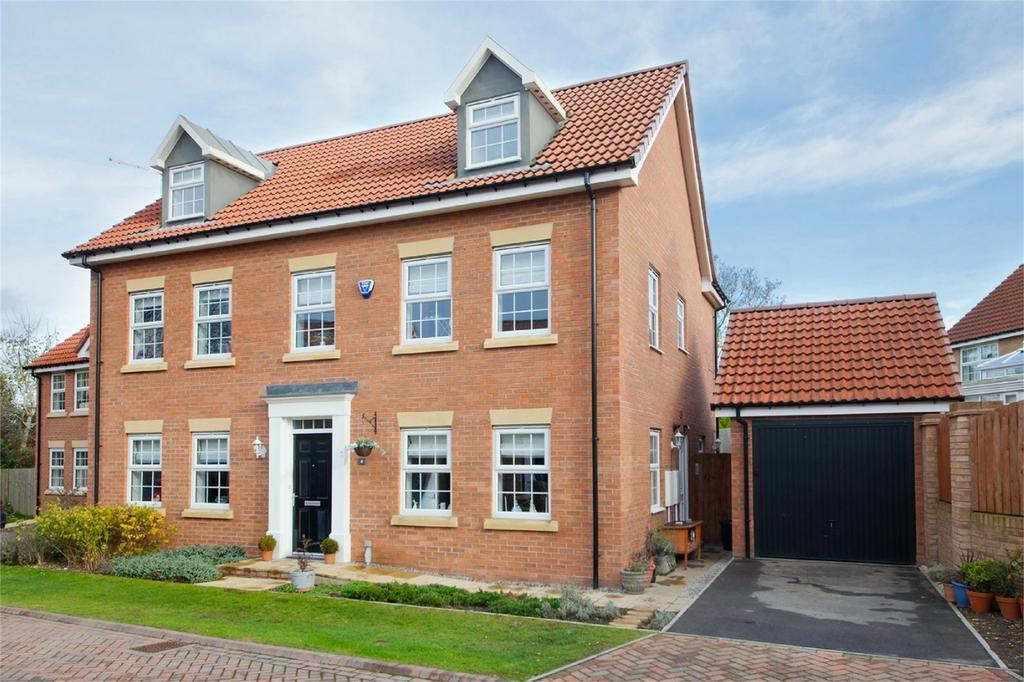 5 Bedrooms Detached House for sale in Craven Close, Market Weighton, York