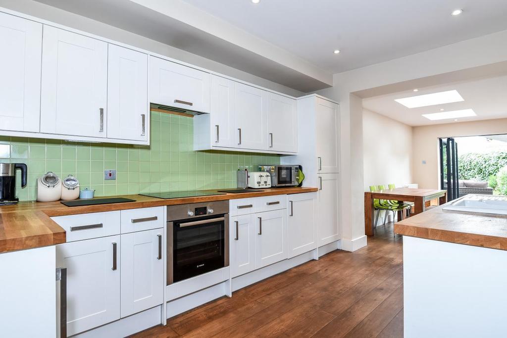 2 Bedrooms Flat for sale in Wimbledon Park Road, Southfields, SW18
