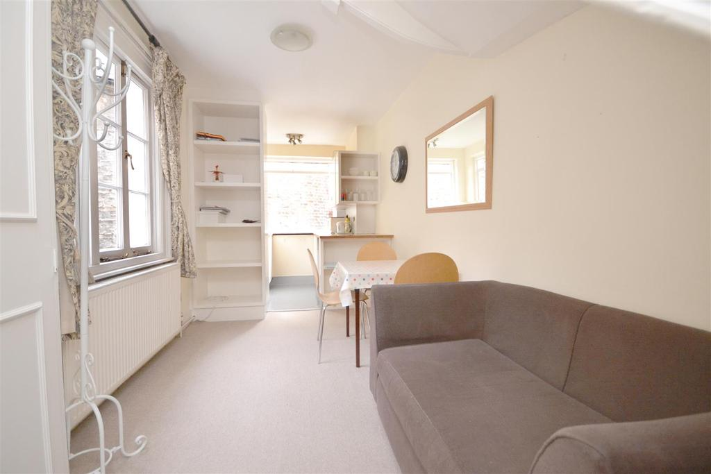 1 Bedroom Ground Flat for sale in Warwick Way, London, SW1V