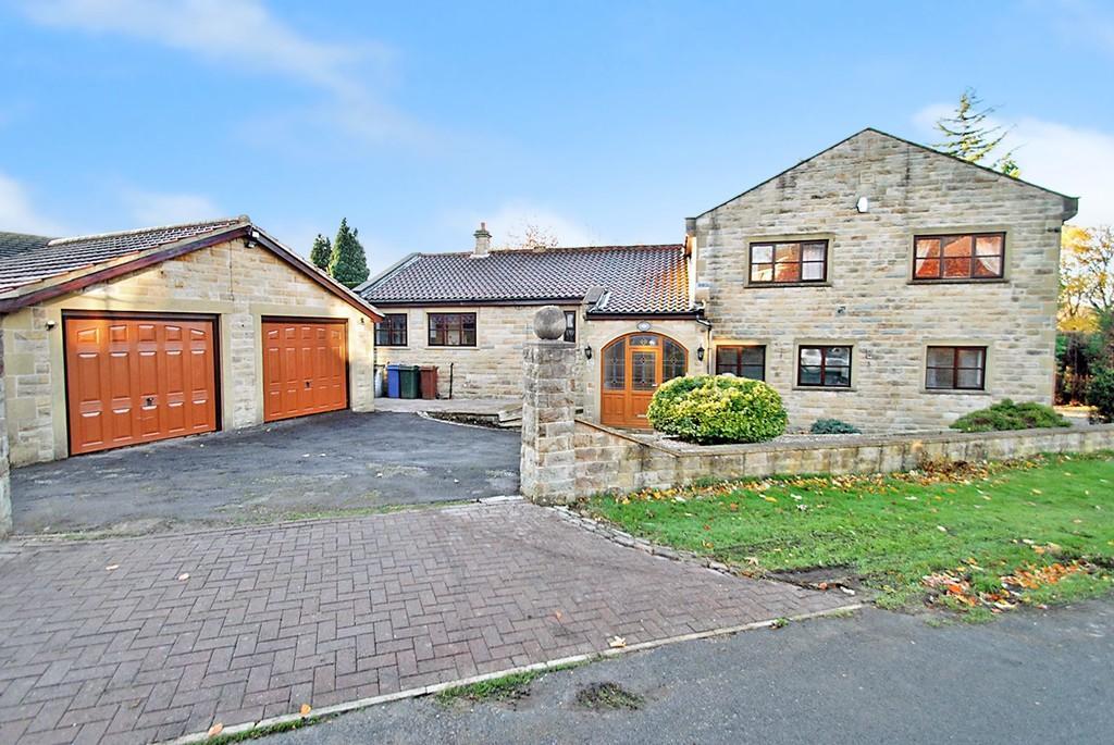 5 Bedrooms Detached House for sale in Moor Lane, Birdwell, Barnsley