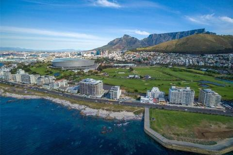 3 bedroom apartment  - 51 Beach Road, Mouille Point, Cape Town, Western Cape