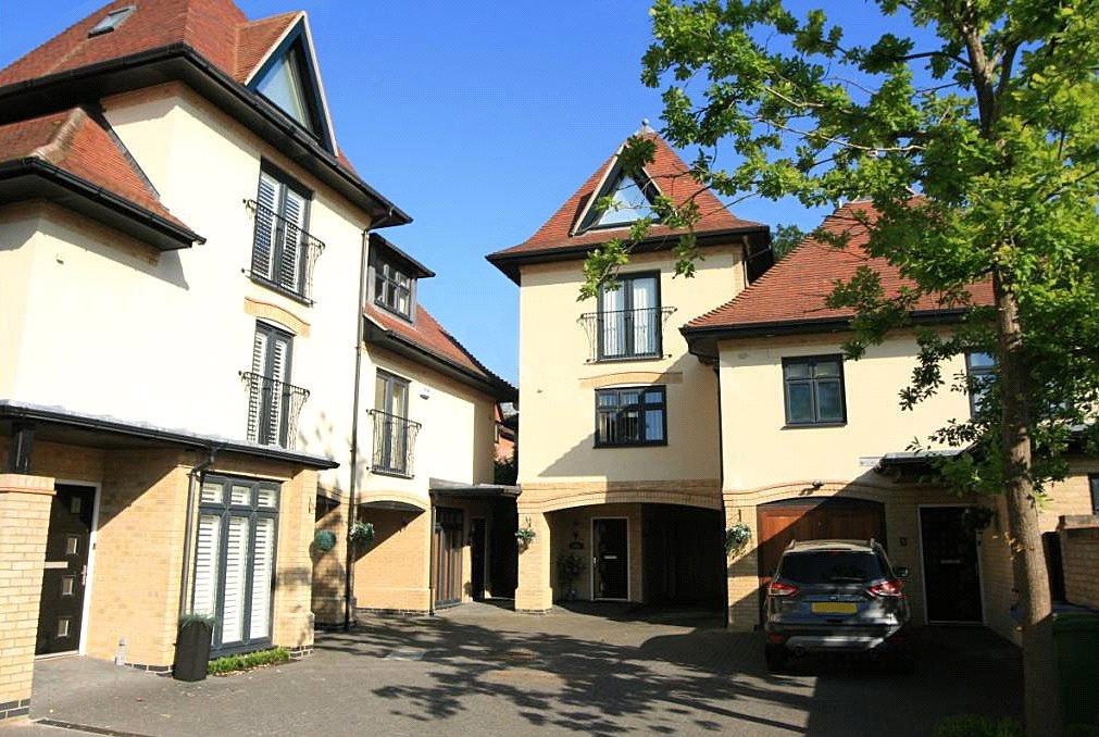 4 Bedrooms Link Detached House for sale in Purbeck Views, Wyndham Road, Poole, Dorset, BH14