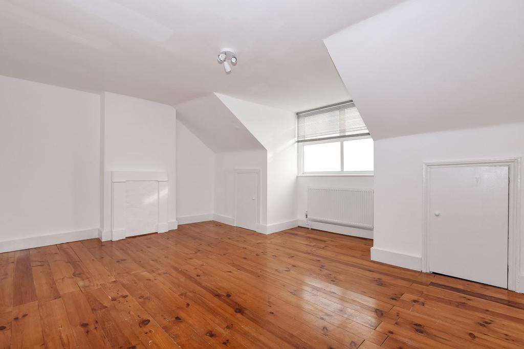 3 Bedrooms Flat for sale in Ridsdale Road, Anerley, SE20
