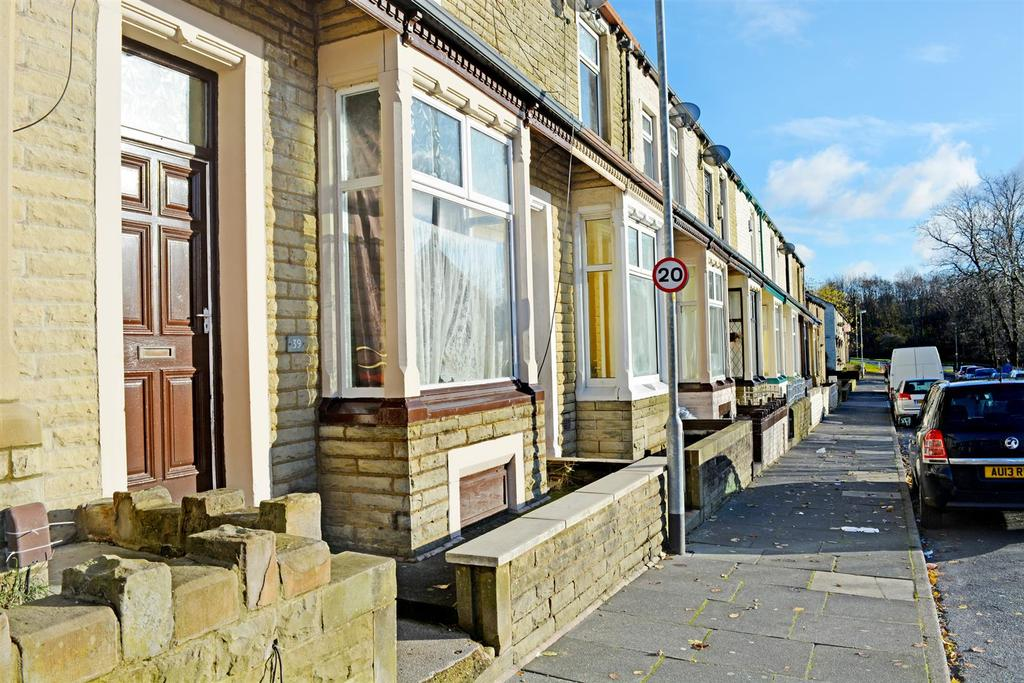 4 Bedrooms Terraced House for sale in Adamson Street, Burnley