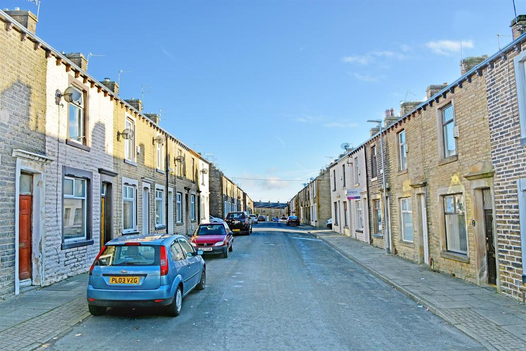 2 Bedrooms Terraced House for sale in Carter Street, Burnley