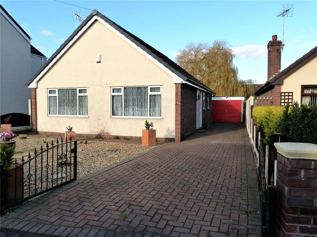 2 Bedrooms Detached Bungalow for sale in Bradfield Road, Crewe, Cheshire, CW1