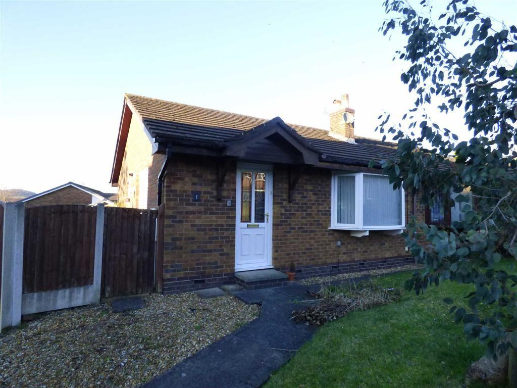 2 Bedrooms Semi Detached Bungalow for sale in Wiltshire Drive, Glossop, Derbyshire, SK13