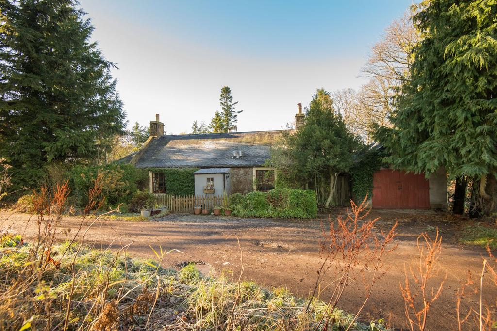 5 Bedrooms Detached House for sale in Snawdon Lodge Cottage, Duns Road, Gifford, EH41 4PJ