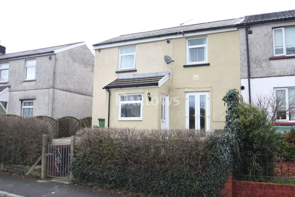 3 Bedrooms Semi Detached House for sale in Heol Pymmer, Tonyrefail