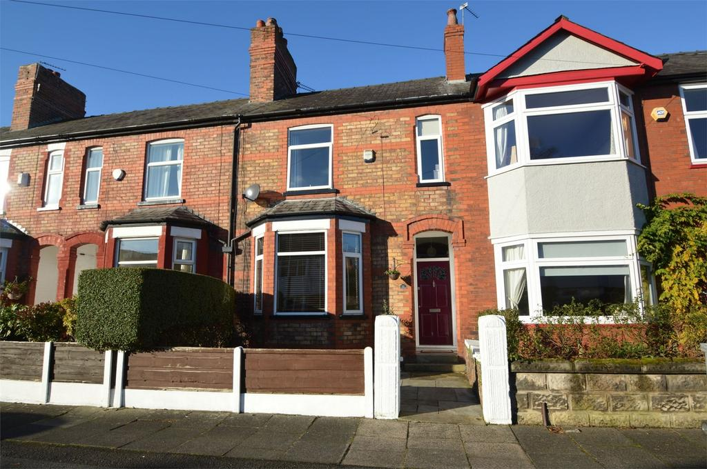 3 Bedrooms Terraced House for sale in Moorfield Grove, SALE, Cheshire