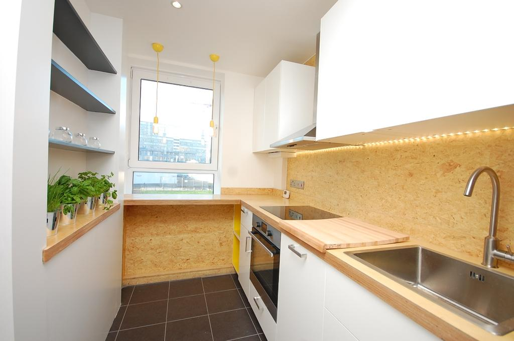 3 Bedrooms Flat for sale in East Street Walworth SE17