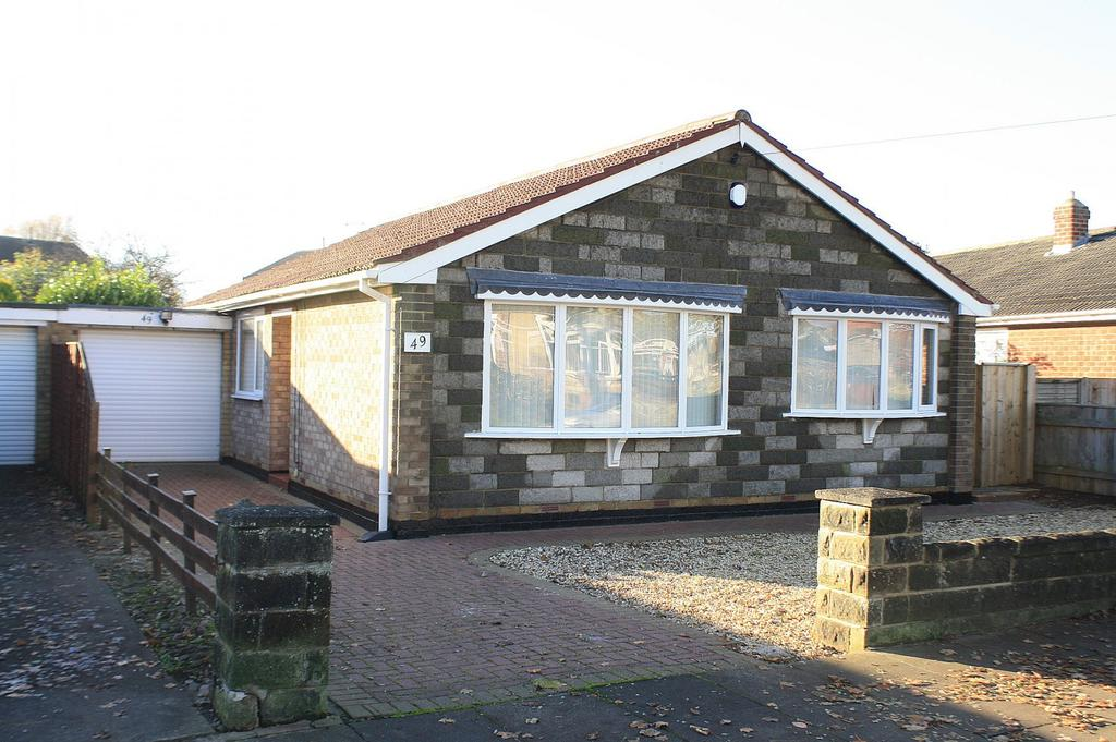 2 Bedrooms Bungalow for sale in Whitehouse Road, Billingham, TS22