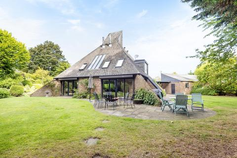 4 bedroom detached house to rent - Bisham Grange, Temple Lane, Bisham, SL7 1RS