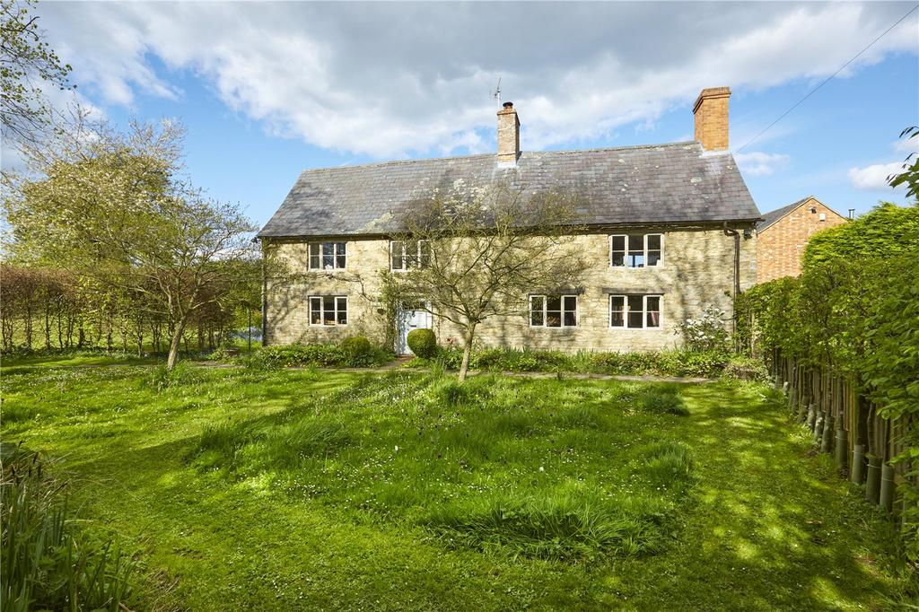 5 Bedrooms Semi Detached House for sale in Barton Hartshorn, Buckingham, MK18