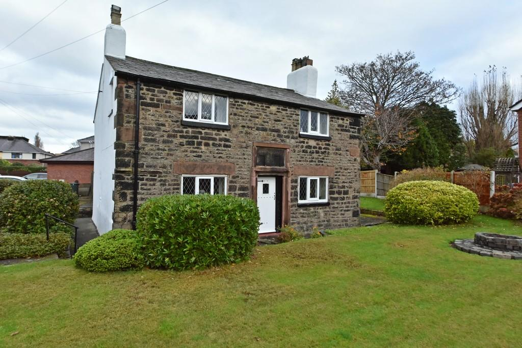 3 Bedrooms Cottage House for sale in Tower Hill, Ormskirk