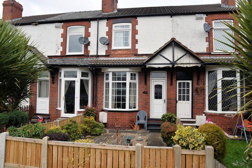 2 Bedrooms Cottage House for sale in Ferry Boat Lane Mexborough