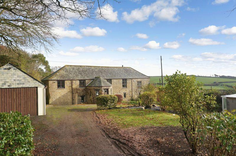 5 Bedrooms Detached House for sale in Pelynt, Looe