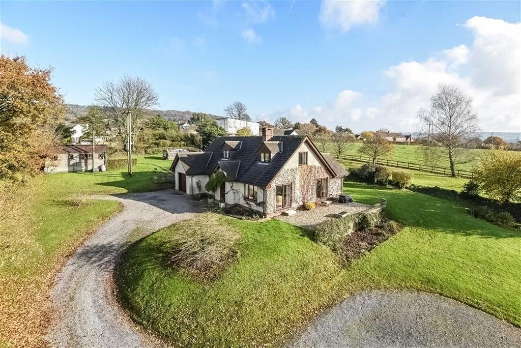 4 Bedrooms Detached House for sale in Awliscombe, Honiton, Devon, EX14