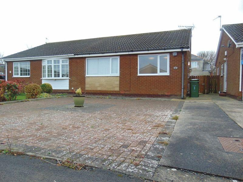 2 Bedrooms Semi Detached Bungalow for sale in Warwick Close, Seghill, Northumberland