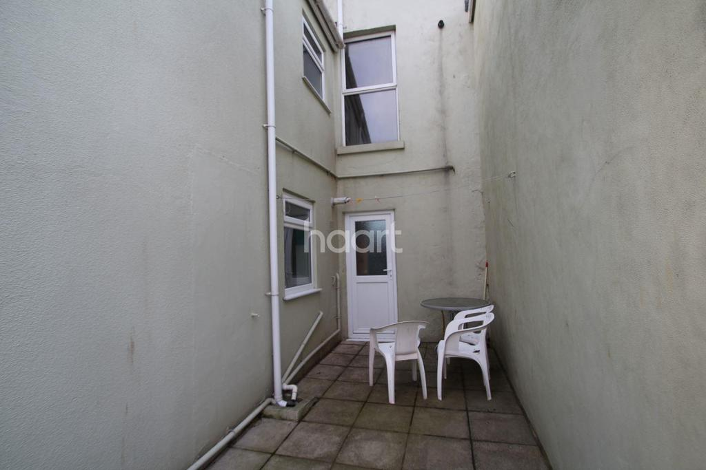 1 Bedroom Flat for sale in South Furzeham Road, Brixham