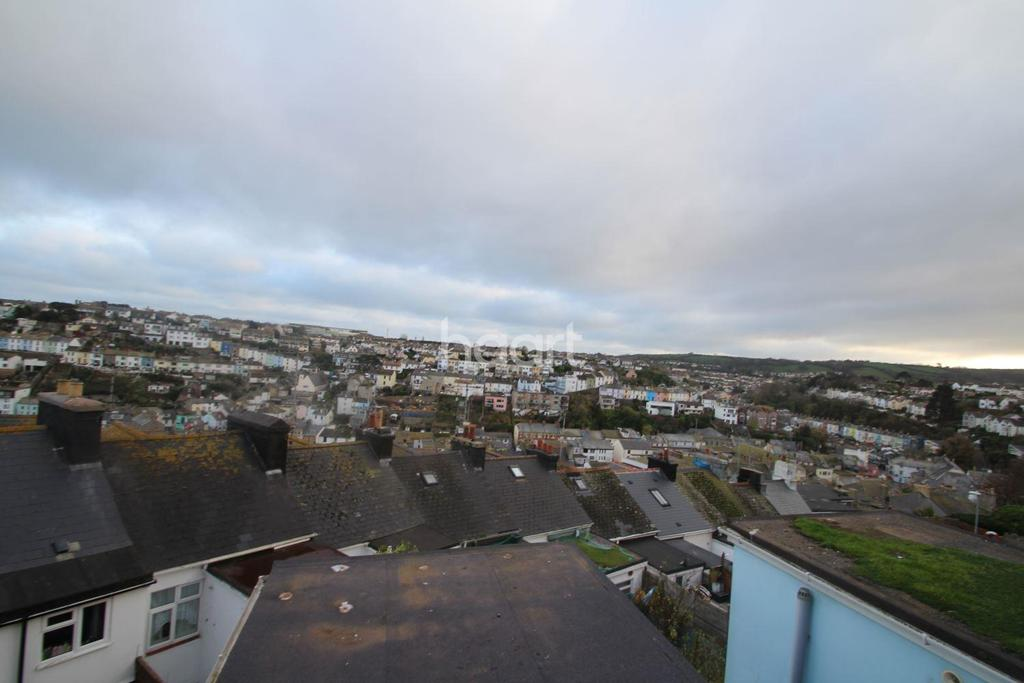 2 Bedrooms Maisonette Flat for sale in South Furzeham Road, Brixham