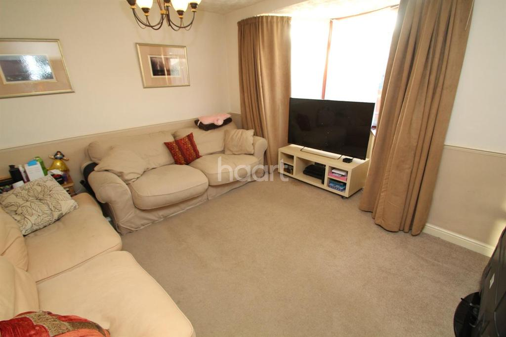 4 Bedrooms Terraced House for sale in Croxdale Road, Borehamwood