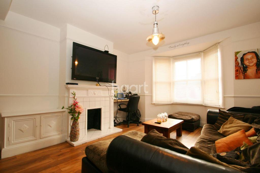 3 Bedrooms End Of Terrace House for sale in South Norwood, London, SE25