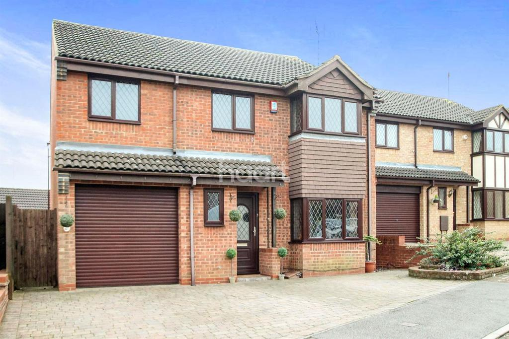 5 Bedrooms Detached House for sale in Stunning Family Home In Barton Hills