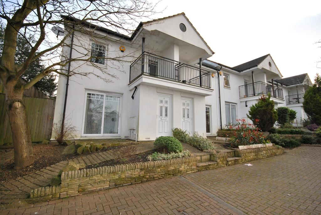 4 Bedrooms Terraced House for sale in Five Oaks Mews Bromley BR1