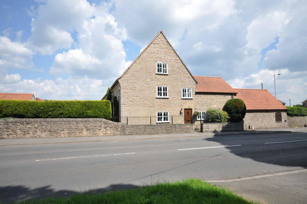 4 Bedrooms Barn Conversion Character Property for sale in Moorfield Cottage, Bishops Walk, Church Warsop