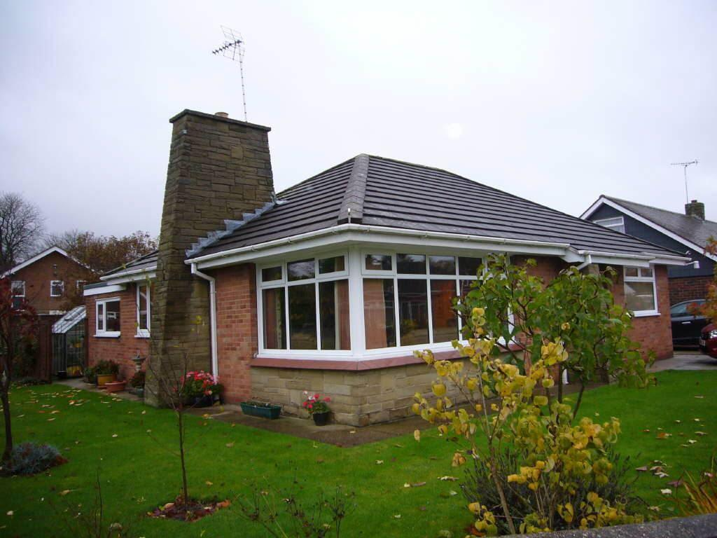 2 Bedrooms Detached Bungalow for sale in Airmyn