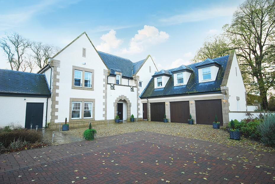 6 Bedrooms Detached Villa House for sale in 7 Rowallan Castle Kilmaurs Road, Fenwick, KA3 2DP
