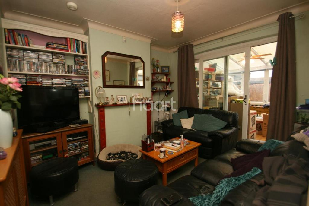 3 Bedrooms End Of Terrace House for sale in Queenswood Avenue, CR7 7HZ