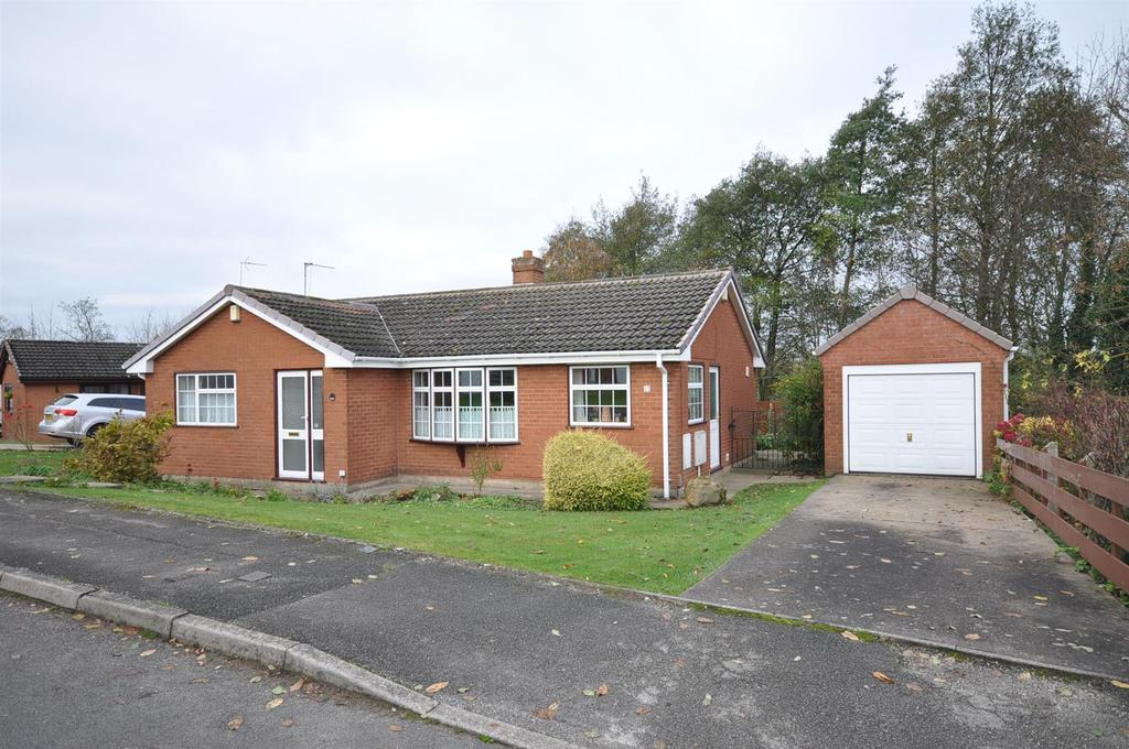 3 Bedrooms Detached Bungalow for sale in Saville Road, Sutton-in-Ashfield