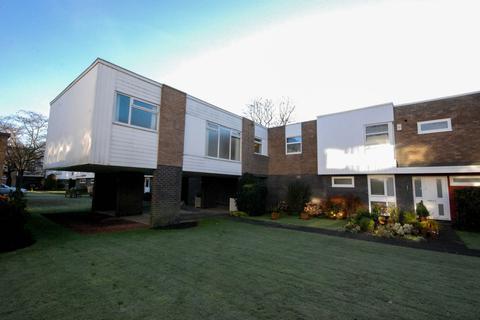 3 bedroom maisonette to rent - Ferndene Court, Gosforth