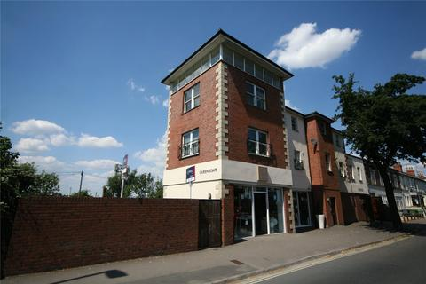 2 bedroom flat share to rent - Queensgate, Gloucester Road, Cheltenham, GL51