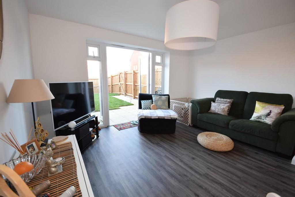 2 Bedrooms Mews House for sale in Carr Close, Kingsway