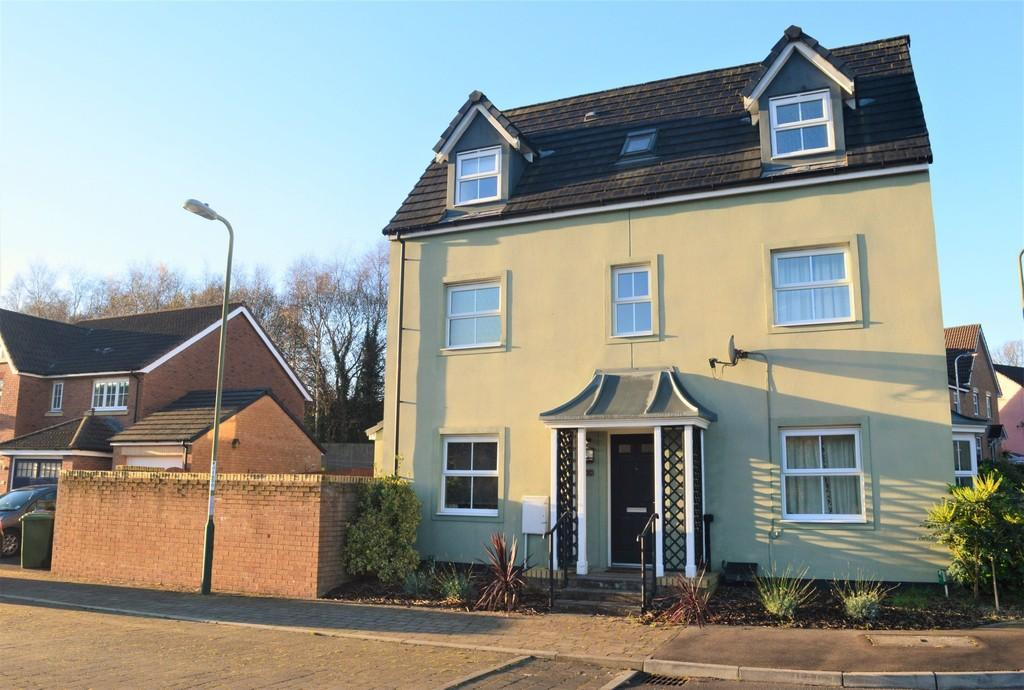 4 Bedrooms Detached House for sale in Griffin Drive, Cwm Calon