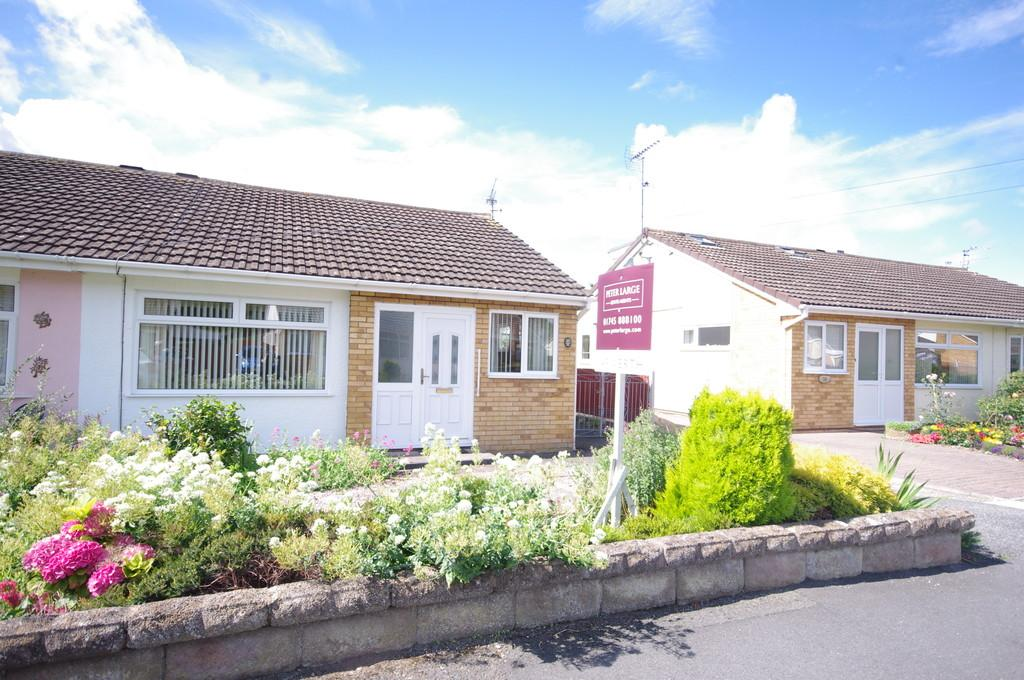 2 Bedrooms Semi Detached Bungalow for sale in Winchester Drive, Denbighshire