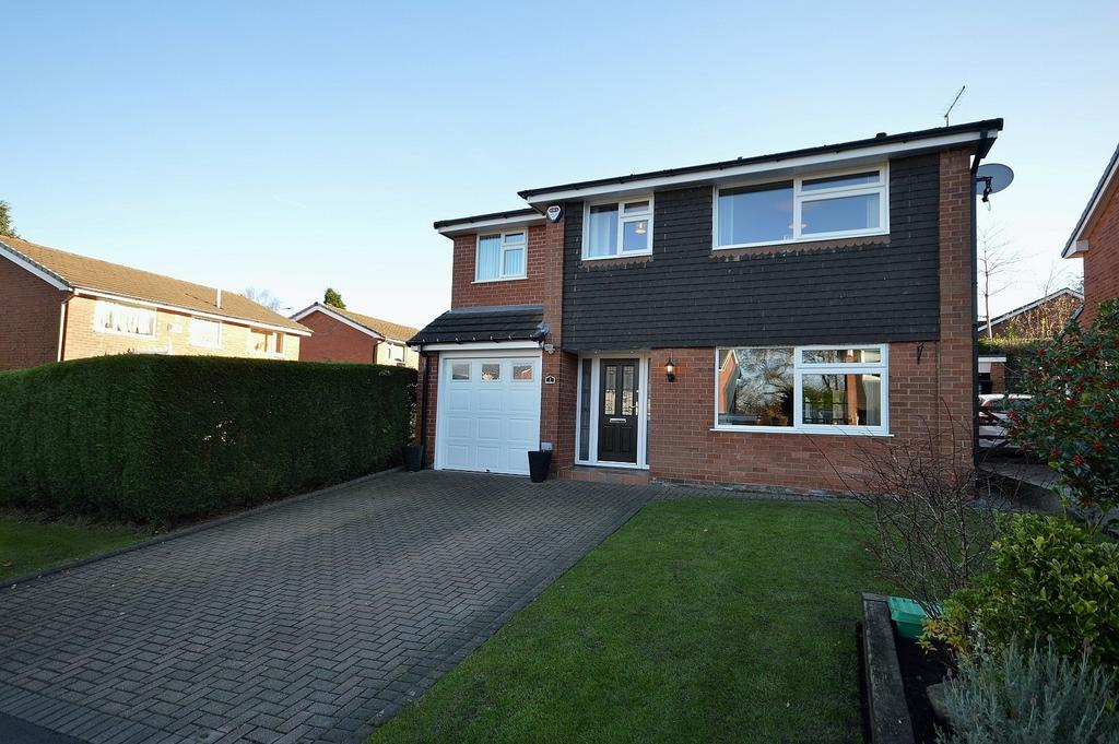 4 Bedrooms Detached House for sale in Crompton Close, Marple